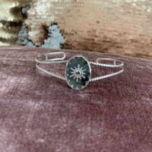ARMBAND RAY OF LIGHT Zilver.
