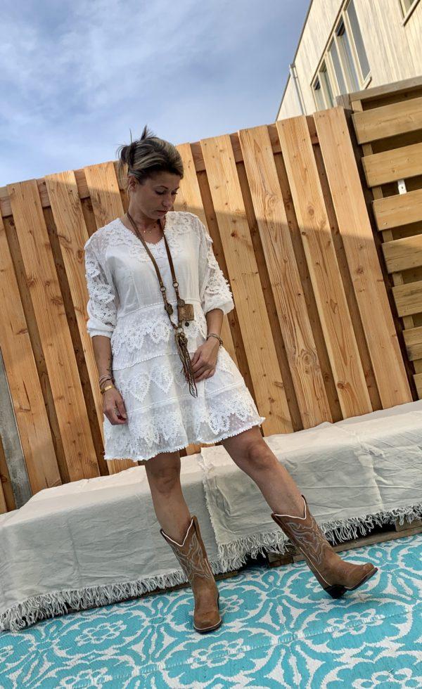 F&2 witte kanten jurk.
