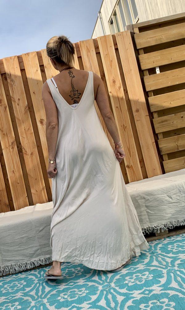 Maxi lange jurk - off white kleur.- one size