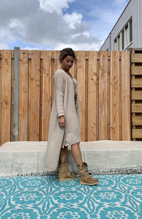 Gebreide katoenen Maxi vest licht bruin kleur – one size.
