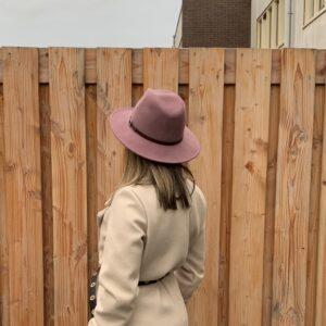 Lilou wollen hoed - Lila kleur.