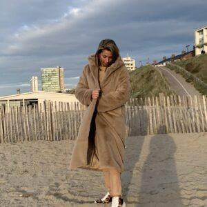 JAS YVES crème kleur - faux fur jas met capuchon.
