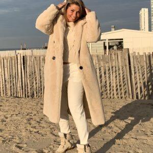 JAS YVES Off White- faux fur jas met capuchon.