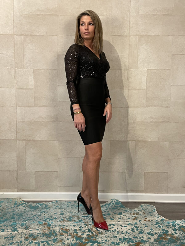 Gala jurkje Giorgia - met PAILLETTEN- kleur zwart.