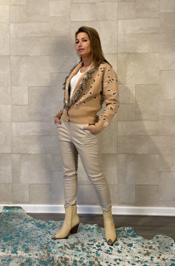 Mochy vest – Crème kleur – one size.