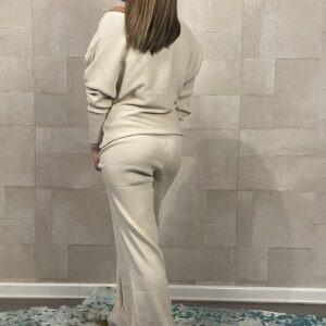 Shirley gebreid huispak van Ambika - Off White kleur.