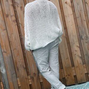 Cataleya Grof gebreid trui -one size - Witte kleur.