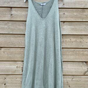 Onderjurk , basic lange top.-leger groen kleur- one size.