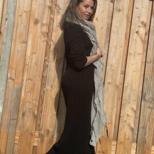 Alexandra Maxi gebreid jurk- Zwarte kleur - one size.