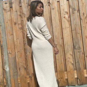 Alexandra Maxi gebreid jurk- Off White kleur - one size.