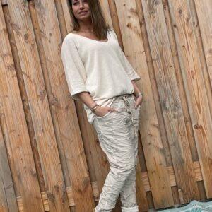 Adriana elastische baggy broek- Crème kleur - ONE SIZE.
