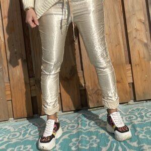 Elvira satijn look broek – one size – Beige kleur.
