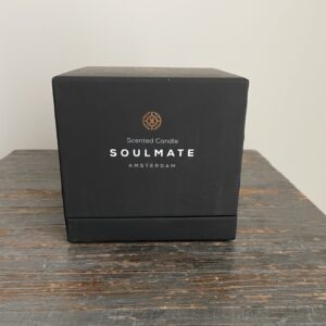 Insegnety luxe geurkaars Scented Candle -Soulmate Roest kleur.