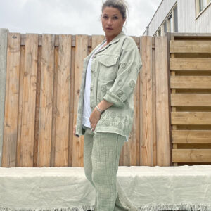 Amelia Blouse/Jacket Army groen Broderie- one size.