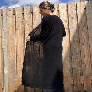 Gebreide katoenen Maxi vest Zwart kleur – one size.