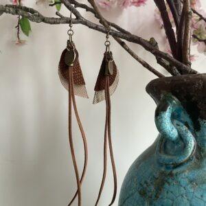 Oorbellen Handmade Pure By Audrey- bruine tinten.