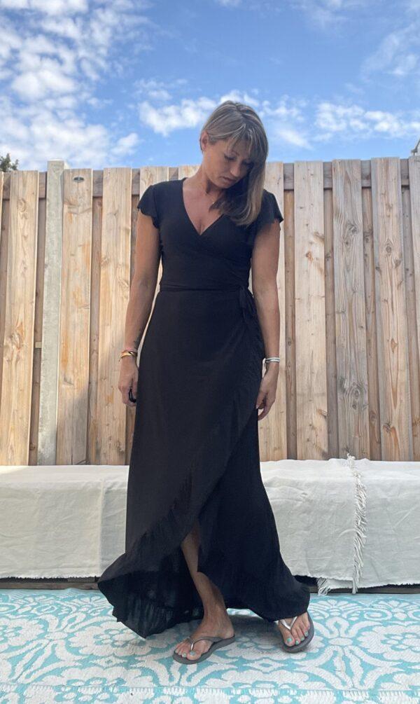 Lange omslag jurk - Zwart kleur.