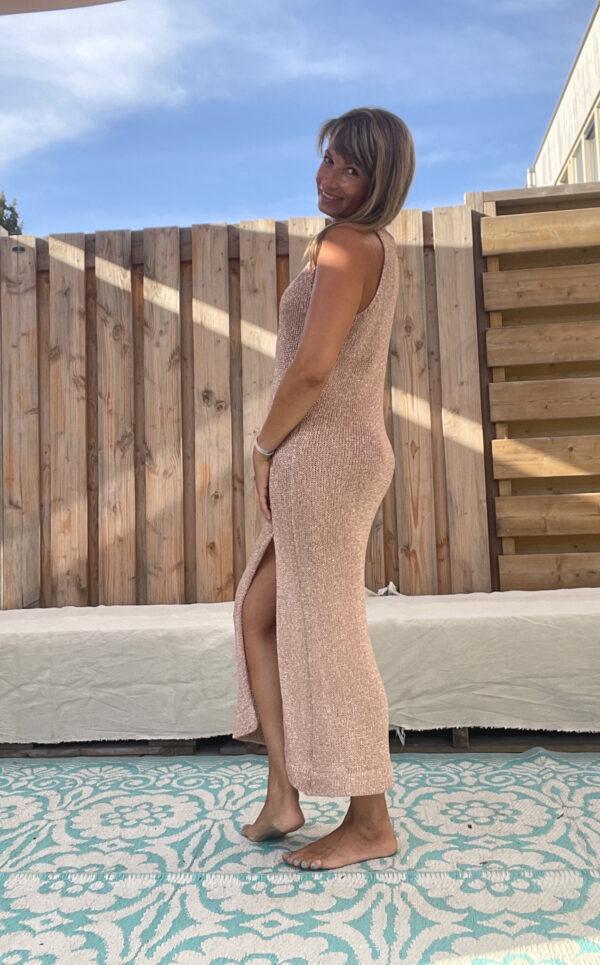 Strand gebreid jurk -one size-Bronz kleur.