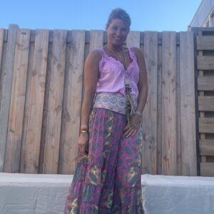Gipsy boho Rose kleur rok van JOT -met sierband.