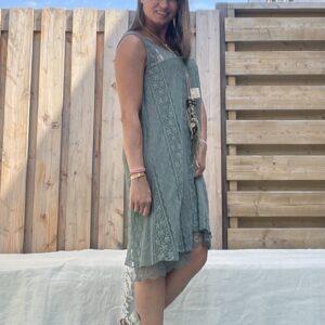 Kanten jurk-one size - Army groen kleur.