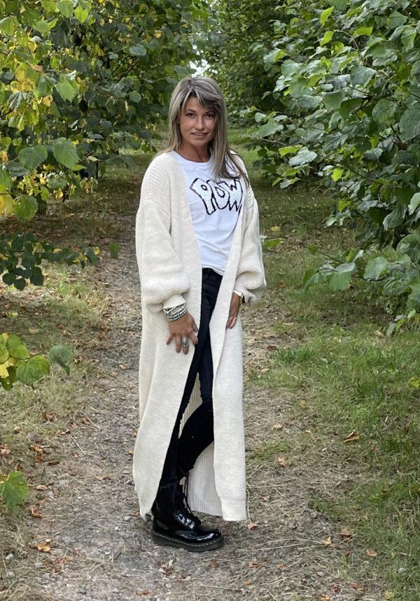 Gigi lange fijn gebreid vest een maat off white kleur.