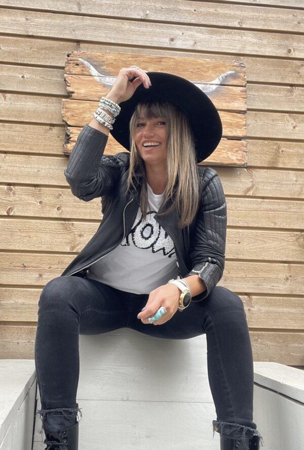 Cowboy Suède look hoed gevlochten detail- zwarte kleur.