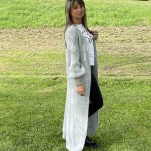 Gigi lange fijn gebreid vest een maat licht grijs kleur.
